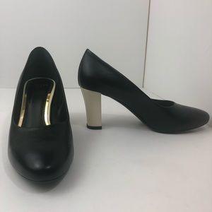 Brand New 100% Lanvin Black Pumps White Block Heel